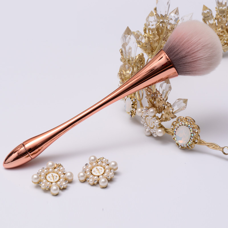 goblet big powder makeup brushes