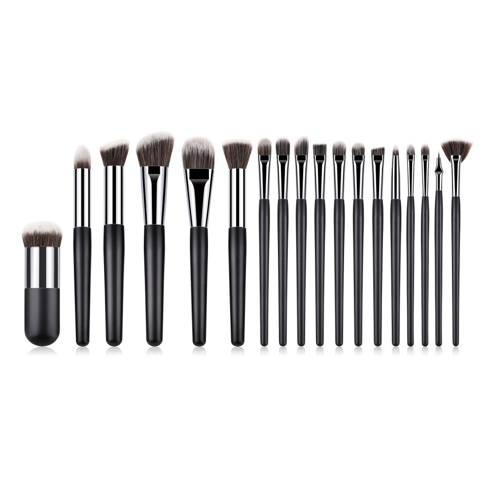Professional 18 piece black/silver cosmetic brushe