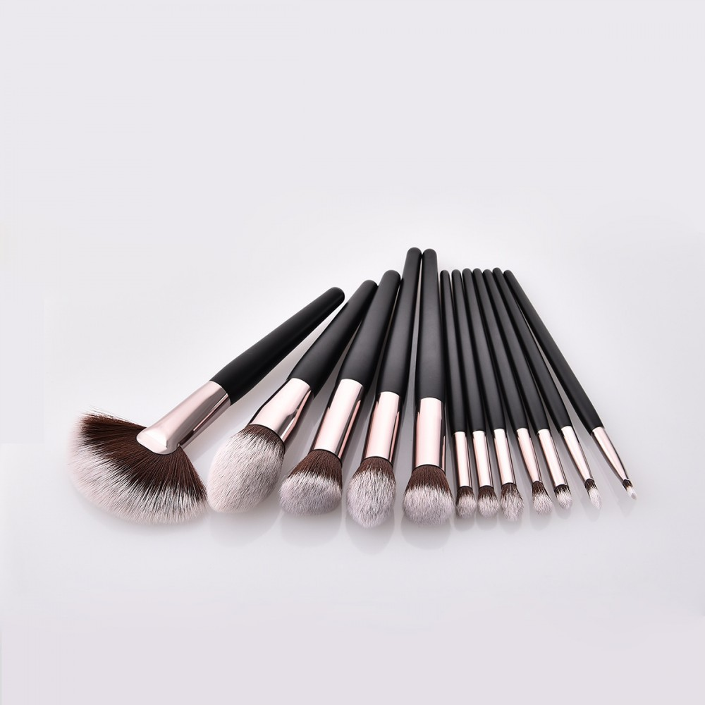 Synthetic hair 12 piece makeup brushes set