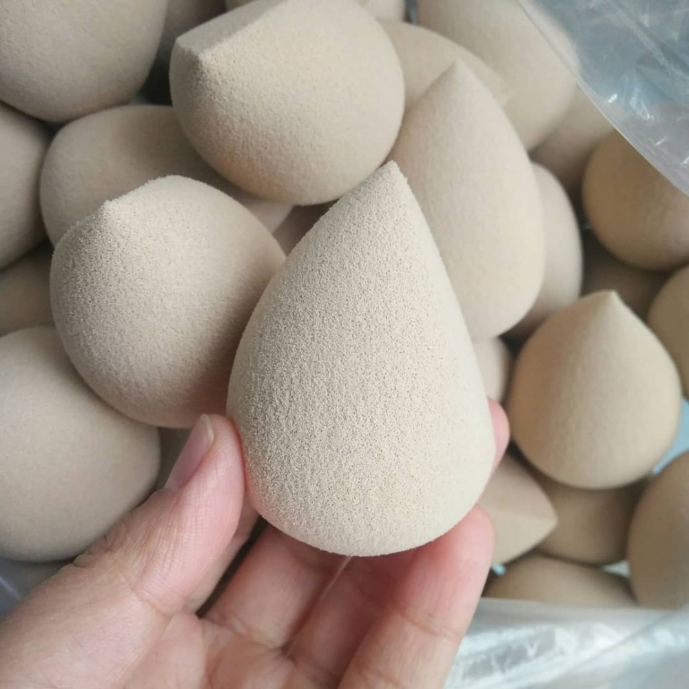 Microfiber makeup sponge for beauty blending