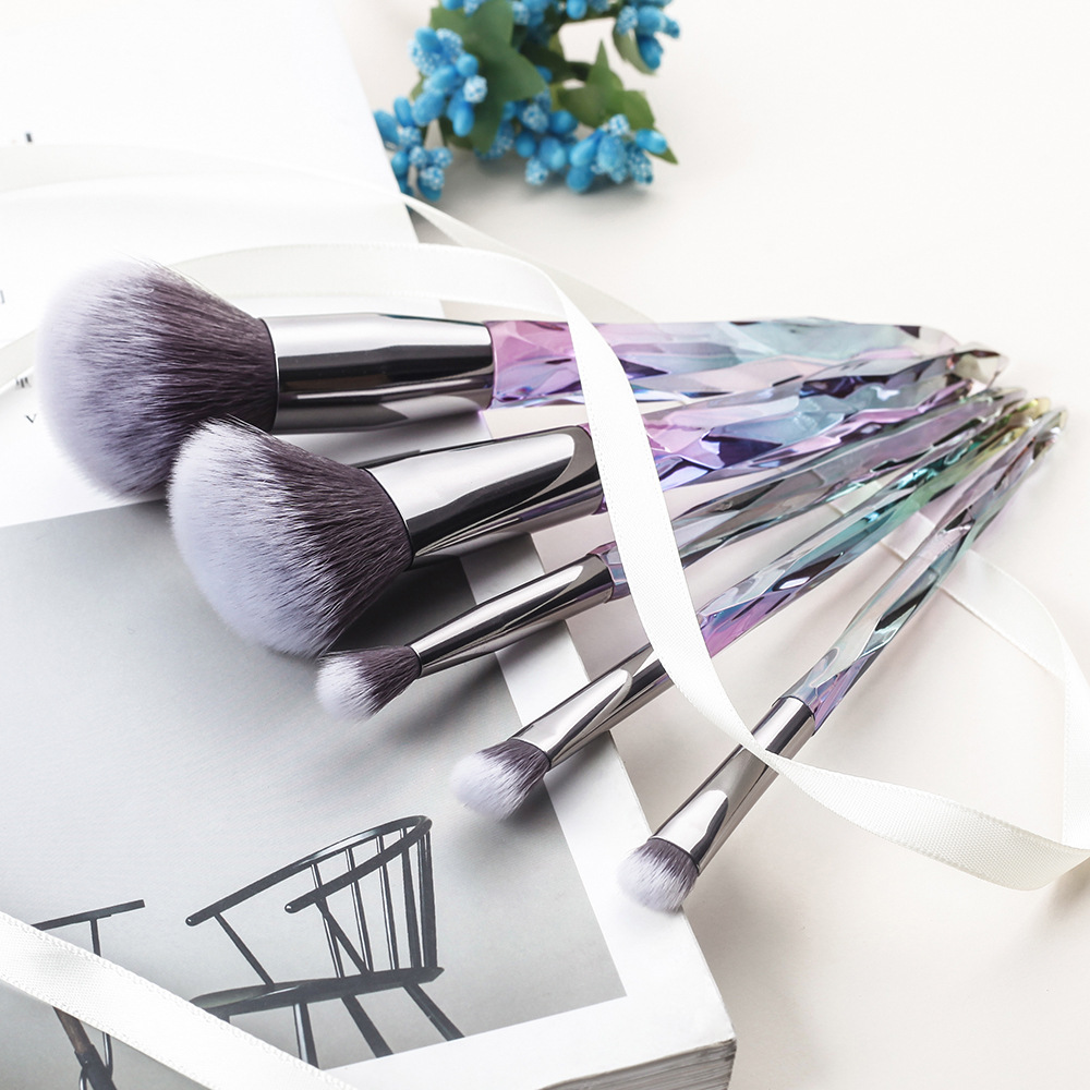 NEW Diamond makeup brushes set