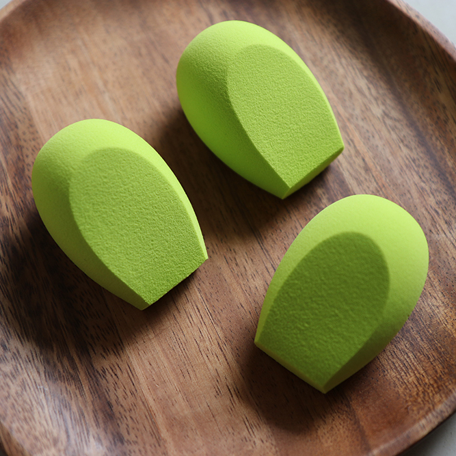 Custom your own color blending sponge