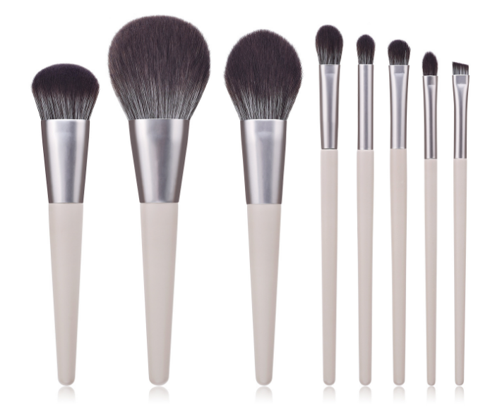 Soft synthetic hair makeup brushes set - 8 pieces
