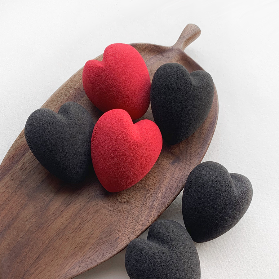 Heart-shape Latex-free makeup sponge wholesale